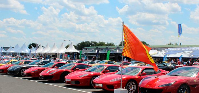 500 Ferraris au Vigeant.