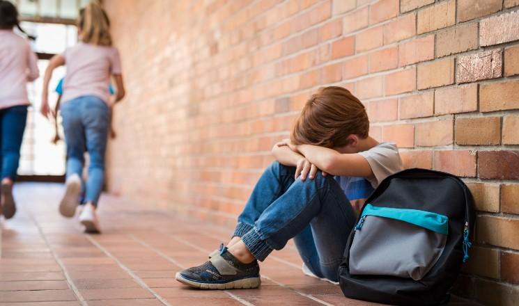 enfant harcelé à l'école